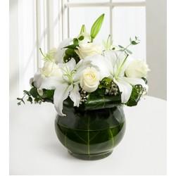 Beyaz Mutluluk Güller ve Lilyumlar